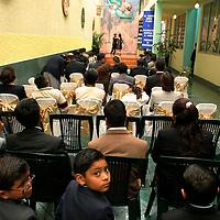 Toluca, Méx.- Niños y jovenes que estudian y son atendidos en el Centro de rehabilitacion para toxicomanos dirigido por el Padre Alfonso Carmona. Agencia MVT / Mario Vazquez de la Torre. (DIGITAL)<br /><br />NO ARCHIVAR - NO ARCHIVE