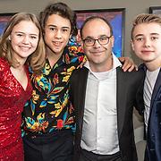 NLD/Utrecht/20190414 - Premiere Circus Noël, Samuel Beau Reurekas, Luna Wijnands en Dennis Bots en Tommy van Lent
