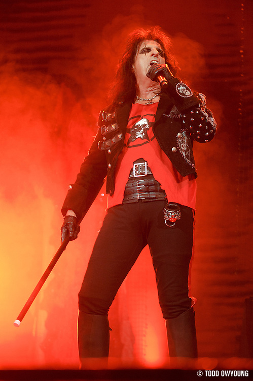 Rob Zombie performing at the Family Arena in St. Louis on October 7, 2010