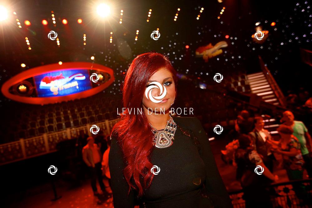 HILVERSUM - In Studio24 is de Finale van Bloed, Zweet en Tranen. Met op de foto  zangeres Roxeanne Hazes. FOTO LEVIN DEN BOER - PERSFOTO.NU