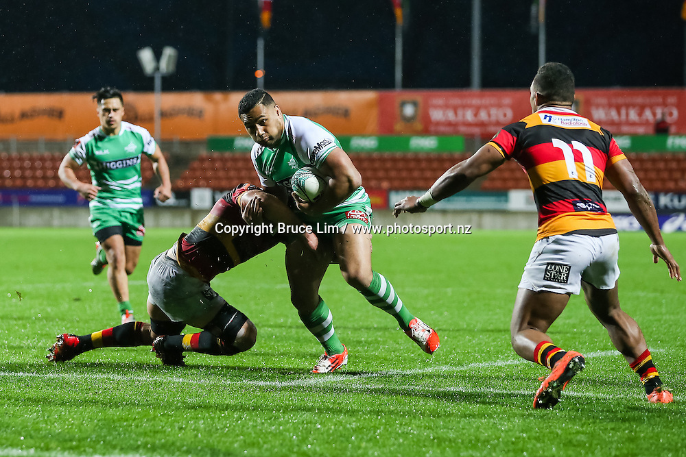 Manawatu second five Ngani Laumape in action during round 3 of the Mitre 10 Cup rugby union national provincial championship - Waikato v Manawatu played at FMG Stadium Waikato, Hamilton, New Zealand on Sunday 4 September 2016.  <br /> <br /> Copyright Photo: Bruce Lim / www.photosport.nz