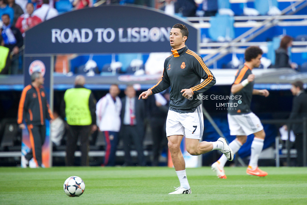 Cristiano Ronaldo in action during the UEFA Champions League semi final match between Real Madrid and Bayern Munich at Santiago Bernabeu stadium on April 23, 2014 in Madrid, Spain