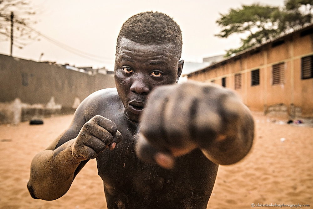 The Wrestler Ndiguel finished box training at Balla Gaye's school on April 10, 2015. The wrestling match with boxing is the king's discipline of the Senegalese wrestling match, which is delivered traditional-wise without boxing. The French colonial rulers where the ones who had the idea to introduce boxing with bare fists to the Senegalese wrestling match.