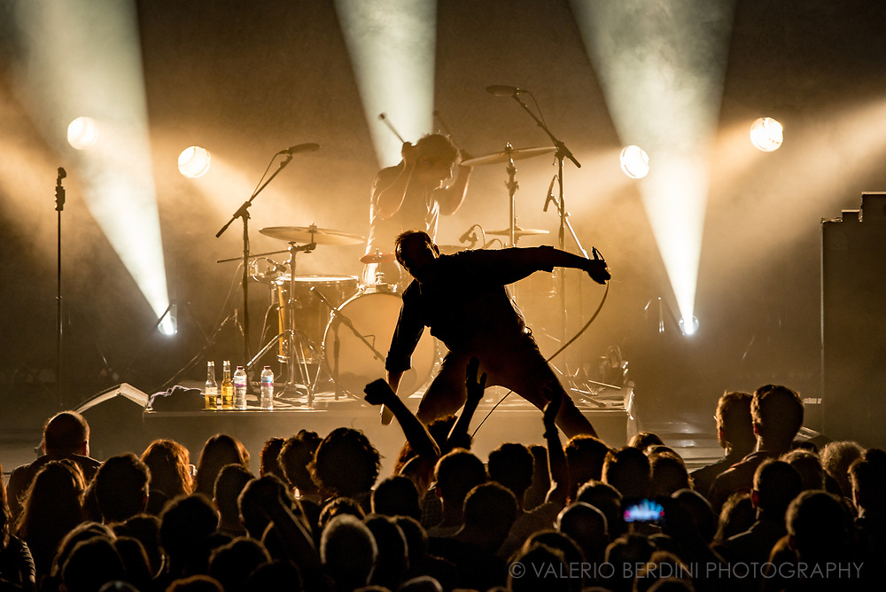 Samuel Herring and Future Islands live at the Corn Exchange in Cambridge on 1 Jul 2017