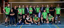 22-10-2014 NED: Selectie SSS seizoen 2014-2015, Barneveld<br /> Topvolleybal SSS Barneveld klaar voor het nieuwe seizoen 2014-2015 / Teamfoto 2014-2015 en het bestuur