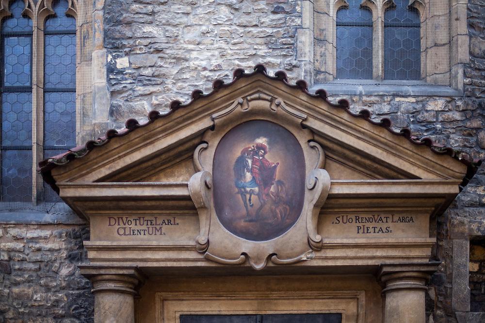 St. Martin in der Mauer (tschechisch Kostel sv. Martina ve zdi) ist eine gotische Kirche in der Altstadt von Prag. Sie ist nach dem heiligen Martin von Tours benannt und eine wichtige St&auml;tte der Reformation.<br /> <br /> Die Kirche wird von der Evangelischen Kirche der B&ouml;hmischen Br&uuml;der und ihrer Deutschsprachigen Evangelischen Gemeinde Prag genutzt.