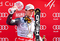 17.03.2017, Aspen, USA, FIS Weltcup Ski Alpin, Finale 2017, Kombination, Herren, im Bild Alexis Pinturault FRA, Gewinner des Kombi Weltcups // winner of the Combined Overal Alexis Pinturault of France during the winner award ceremony for the men's Combined of 2017 FIS ski alpine world cup finals. Aspen, United Staates on 2017/03/17. EXPA Pictures © 2017, PhotoCredit: EXPA/ Erich Spiess