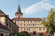 Altes Schloss und Kirche, Bad König, Odenwald, Naturpark Bergstraße-Odenwald, Hessen, Deutschland | old castle and church, Bad König, Odenwald, Hesse, Germany
