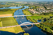 Nederland, Noord-Brabant, Den Bosch, 23-08-2016; Treurenbrug en spoorbrug over de Maas tussen Hedel en Crevecoeur.<br /> Bridges crossing the Meuse north od Den Bosch.<br /> luchtfoto (toeslag op standard tarieven);<br /> aerial photo (additional fee required);<br /> copyright foto/photo Siebe Swart