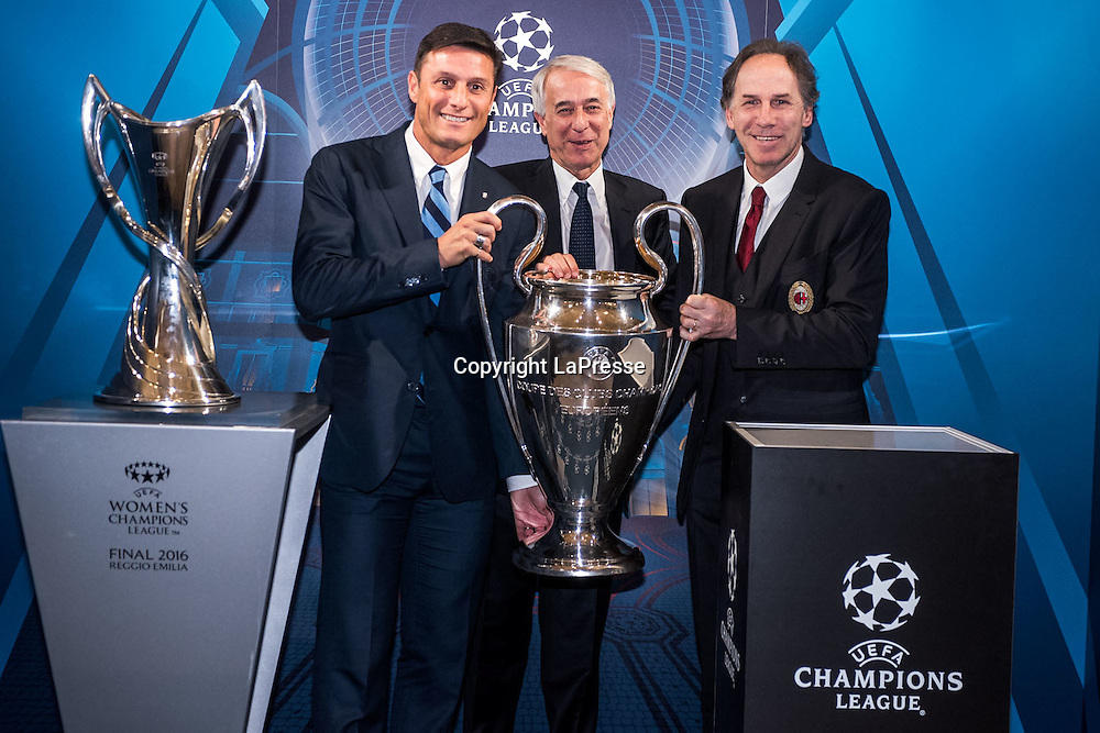 22-04-2016 Milan, Italy.<br /> Opening of the exhibition of the UEFA Champions League Cup at Palazzo Marino.<br /> Photo credit: Cruciatti / LaPresse<br /> In the Photo: Javier Zanetti, Giuliano Pisapia, Franco Baresi