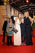 Premiere  Ushi Must Marry in Pathe Tushinski Amsterdam.<br /> <br /> Op de foto:  Wendy van Dijk met haar zoon sem en partner Erland Galjaard en kinderen