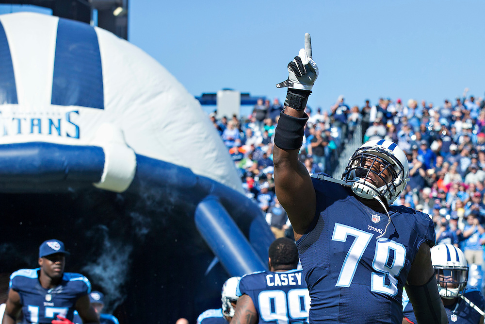NASHVILLE, TN - OCTOBER 18:  Jamon Meredith #79 of the Tennessee Titans runs onto the field before a game against the Miami Dolphins at LP Field on October 18, 2015 in Nashville, Tennessee.  The Dolphins defeated the Titans 38-10.  (Photo by Wesley Hitt/Getty Images) *** Local Caption *** Jamon Meredith