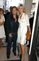 JULIEN MACDONALD and MELISSA ODABASH at a party to celebrate the re-opening of the David Morris Flagship store at 180 New Bond Street, London on 14th June 2006.<br /><br />NON EXCLUSIVE - WORLD RIGHTS