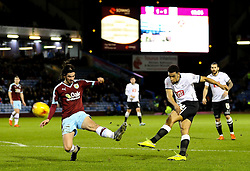 Nick Blackman of Derby County fires a shot at goal - Mandatory byline: Matt McNulty/JMP - 25/01/2016 - FOOTBALL - Turf Moor - Burnley, England - Burnley v Derby County - Sky Bet Championship
