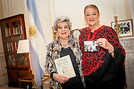 "The Ambassador of Argentina, Alicia Castro and Delia Giovanola, founding of ""Grandmothers of Plaza de Mayo"" -Abuelas de Plaza de Mayo during the screening ""Blood Siblings"" -Hermanos de Sangre- at the Embassy of Argentina. London. Sep. 30, 2015. (Photos/Ivan Gonzalez)"