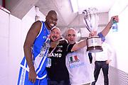 DESCRIZIONE : Milano Coppa Italia Final Eight 2014 Finale Montepaschi Siena Banco di Sardegna Sassari<br /> GIOCATORE : Caleb  Green<br /> CATEGORIA : esultanza team spogliatoio<br /> SQUADRA : Banco di Sardegna Sassari<br /> EVENTO : Beko Coppa Italia Final Eight 2014<br /> GARA : Montepaschi Siena Banco di Sardegna Sassari<br /> DATA : 09/02/2014<br /> SPORT : Pallacanestro<br /> AUTORE : Agenzia Ciamillo-Castoria/C.De Massis<br /> Galleria : Lega Basket Final Eight Coppa Italia 2014<br /> Fotonotizia : Milano Coppa Italia Final Eight 2014 Finale Montepaschi Siena Banco di Sardegna Sassari<br /> Predefinita :