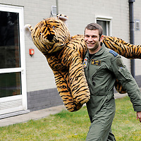 Kleine Brogel, Belgium 14 March 2008<br /> 31 Tiger squadron of the Belgian Air Force. <br /> Pilot's name: &quot;Sam&quot;.<br /> The primary task of the squadron is taking out ground targets by 'dumb' unguided bombs or by precision bombardments, this during day and night.<br /> Also a great part of training is dedicated to &quot;air-to-air engagements&quot; (intercepting / destroying of hostile aircraft), to be able to operate under every conflict-scenario.<br /> Photo: Ezequiel Scagnetti