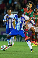Portugal, FUNCHAL : Porto's Colombian forward Jackson Martinez (L)  vies with Maritimo's Portuguese defender Ruben Ferreira\ (R ) during Portuguese League football match Maritimo vs F.C. Porto at Barreiros Stadium in Funchal on January  25, 2015. PHOTO/ GREGORIO CUNHA