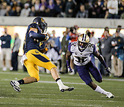 OCT 05 2016 - Berkeley U.S. CA - Washington defensive back Budda Baker #32 game stats 3 tackle during the NCAA Football game between Washington Huskies and California Golden Bears 66-27 win at Memorial Stadium Berkeley Calif. Thurman James / CSM