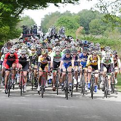 WIELRENNEN Rijssen, de 62e ronde van Overijssel werd op zaterdag 3 mei verreden. Het peloton passeerd de Sallandse Heuvelrug