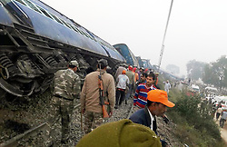 November 20, 2016 - Allahabad, Uttar Pradesh, India - Rescue officials on the spot where 14 coaches of the Indore-Patna express derailed, killing around 90 people and injuring 150, in Kanpur Dehat. (Credit Image: © Prabhat Kumar Verma/Pacific Press via ZUMA Wire)