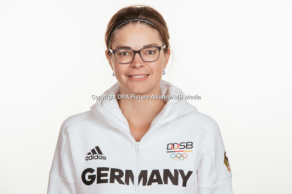 Anne Gambius poses at a photocall during the preparations for the Olympic Games in Rio at the Emmich Cambrai Barracks in Hanover, Germany, taken on 14/07/16 | usage worldwide