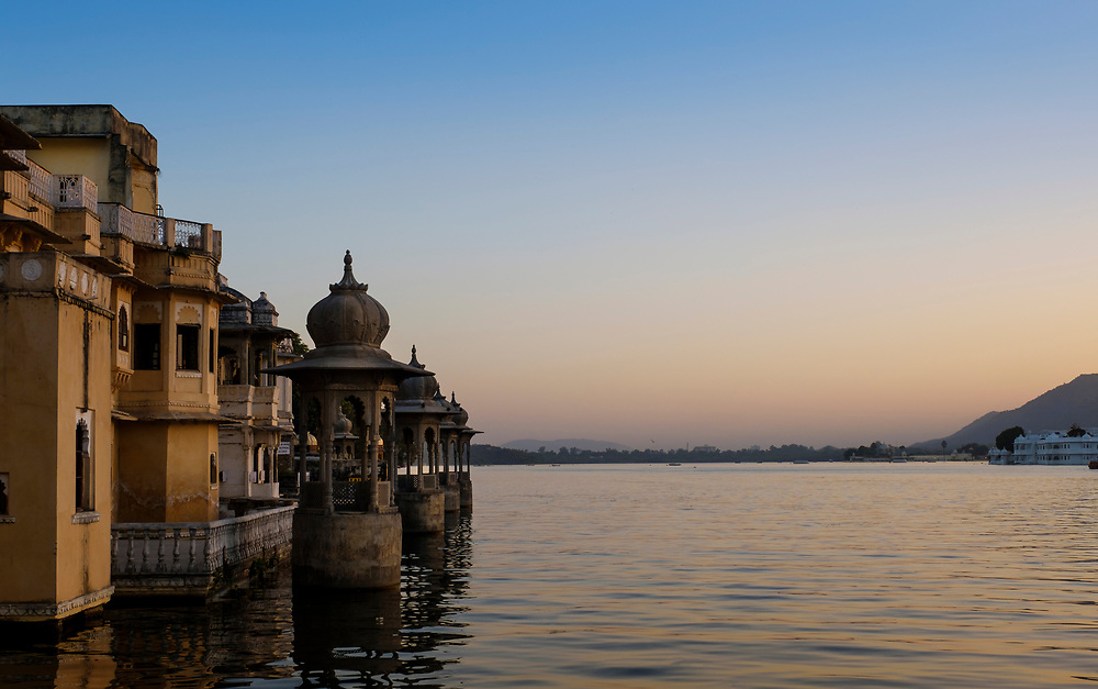 UDAIPUR, INDIA - CIRCA NOVEMBER 2016:  Lake Pichola at sunset in Udaipur