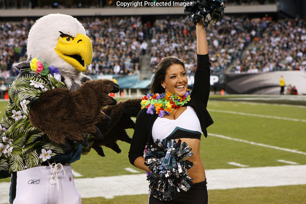 "28 Dec 2008: Philadelphia Eagles Cheerleader ""Amy"" is recognized for being sent to the pro-bowl during the game against the Dallas Cowboys on December 28th, 2008. The Philadelphia Eagles won 44-6 at Lincoln Financial Field in Philadelphia, Pennsylvania."