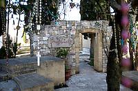 Tomba di Don Tonino Bello Vescovo di Molfetta, Nato ad Alessano, 18 marzo 1935 - Molfetta, 20 aprile 1993