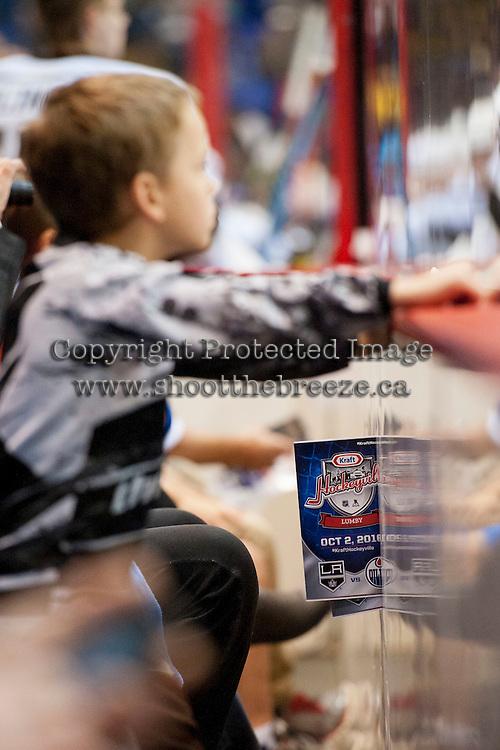 KELOWNA, CANADA - OCTOBER 2: Kraft Hockeyville pre season on October 2, 2016 at Kal Tire Place in Vernon, British Columbia, Canada.  (Photo by Marissa Baecker/Shoot the Breeze)  *** Local Caption ***