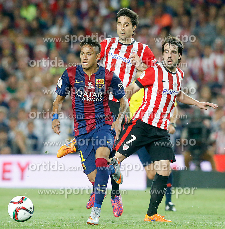30.05.2015, Camp Nou, Barcelona, ESP, Copa del Rey, Athletic Club Bilbao vs FC Barcelona, Finale, im Bild Athletic de Bilbao's Xabier Etxeita (c) and Benat Etxebarria (r) and FC Barcelona's Neymar Santos Jr // during the final match of spanish king's cup between Athletic Club Bilbao and Barcelona FC at Camp Nou in Barcelona, Spain on 2015/05/30. EXPA Pictures © 2015, PhotoCredit: EXPA/ Alterphotos/ Acero<br /> <br /> *****ATTENTION - OUT of ESP, SUI*****
