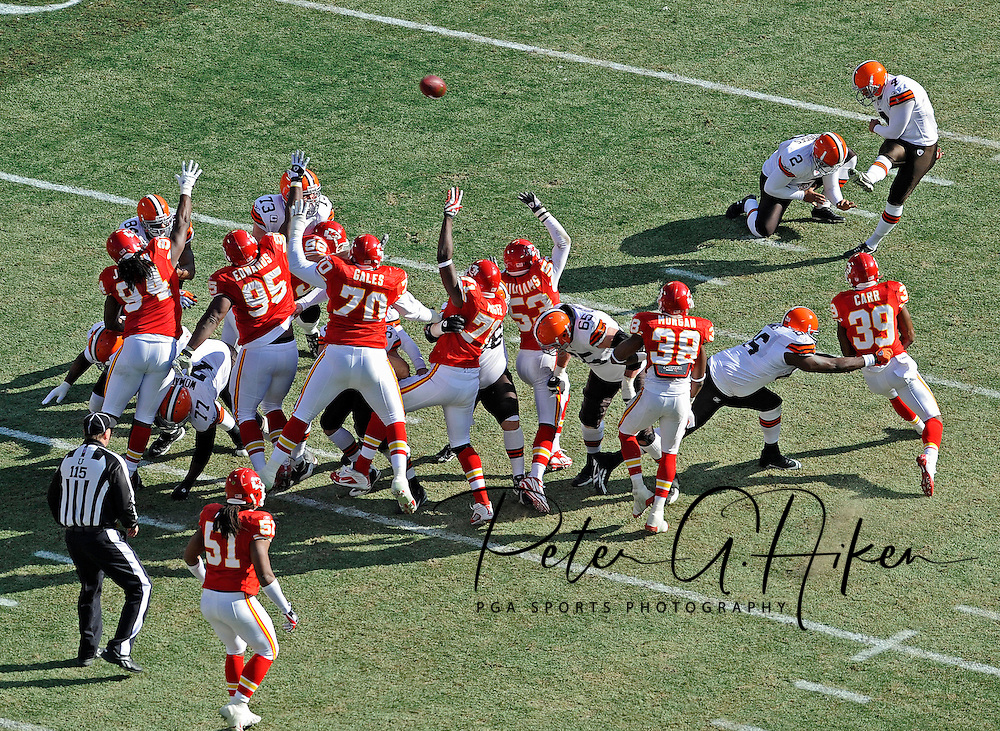 Kicker Phil Dawson #4 of the Cleveland Browns kicks a 47-yard field goal in the first quarter against of the Kansas City Chiefs at Arrowhead Stadium in Kansas City, Missouri.  The Browns defeated the Chiefs 41-34...