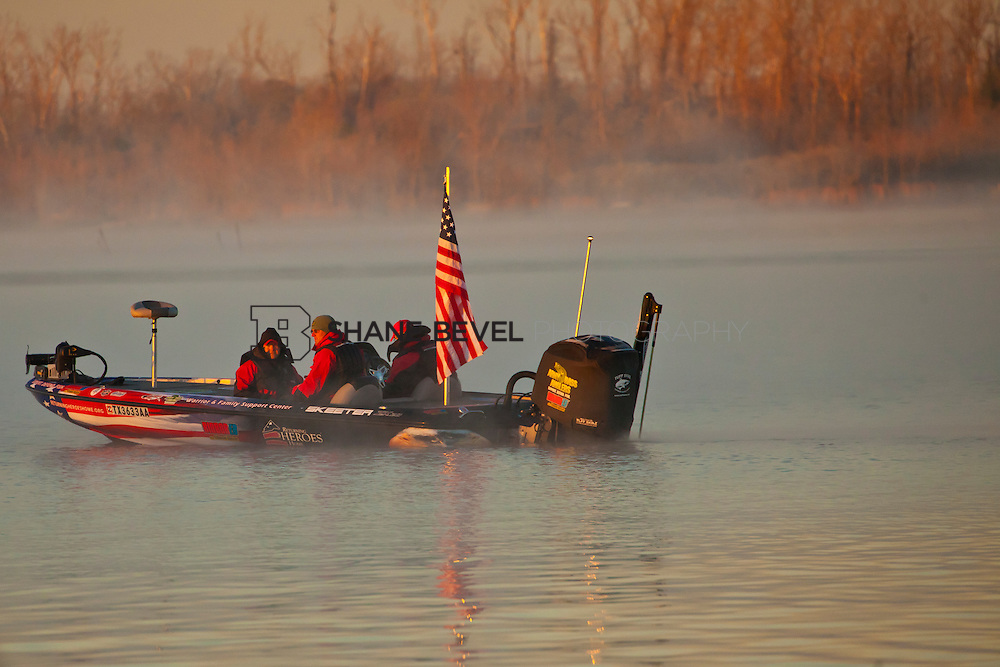 2/25/12 8:01:13 AM -- during the 2012 Bassmaster Classic on the Red River in Shreveport, La. ..Photo by Shane Bevel.Boats launch on the Red River. .Boats launch on the Red River.