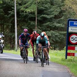 04-05-2019: Wielrennen: Ronde van Overijssel: Rijssen<br />Koplopers in de finale uitrijden Rijssen