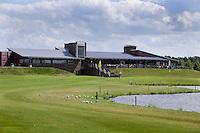 's Hertogenbosch - Hole 18 met clubhuis  Golfbaan Haverleij. COPYRIGHT KOEN SUYK