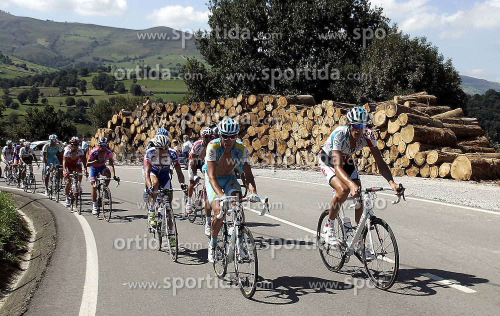 09.09.2011, Andalusien, ESP, LA VUELTA 2011, 18. Etappe, im Bild Francis de Greef (r) and Robert Kiserlovski (l) during the stage of La Vuelta 2011 between Solares and Noja.September 8,2011. EXPA Pictures © 2011, PhotoCredit: EXPA/ Alterphoto/ Paola Otero +++++ ATTENTION - OUT OF SPAIN/(ESP) +++++