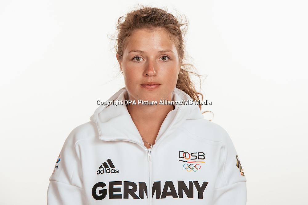 Faye Füllgraebe poses at a photocall during the preparations for the Olympic Games in Rio at the Emmich Cambrai Barracks in Hanover, Germany, taken on 18/07/16 | usage worldwide