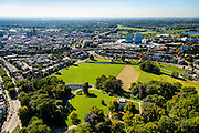 Nederland, Gelderland, Arnhem, 30-09-2015; Sonsbeek Park met Stadsvilla Sonsbeek (Witte Villa of Huis Sonsbeek).<br /> Town villa and estate, now city park Arnhem. Foto richting centrum met rechts Station.<br /> luchtfoto (toeslag op standard tarieven);<br /> aerial photo (additional fee required);<br /> copyright foto/photo Siebe Swart
