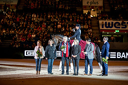 PLÖNZKE Anja (GER), Fahrenheit<br /> Stuttgart - German Masters 2018<br /> Grosser Showabend<br /> Masterhengst 2018<br /> 14. November 2018<br /> © www.sportfotos-lafrentz.de/Stefan Lafrentz