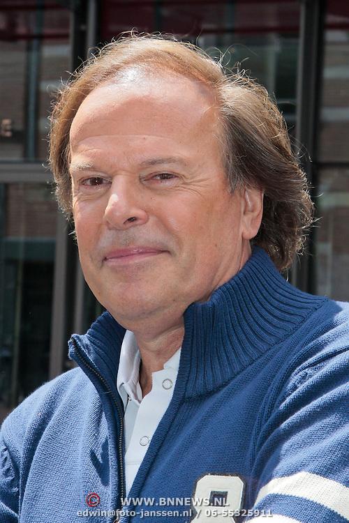 NLD/Amsterdam/20110623 - Perspresentatie Jubileumshow Ivo Niehe