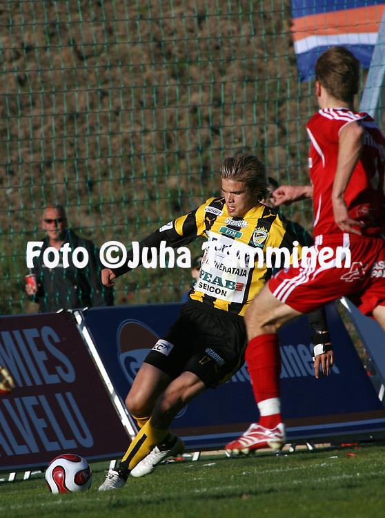27.04.2007, Vuosaari, Helsinki, Finland..Veikkausliiga 2007 - Finnish League 2007.FC Viikingit - FC Honka.Jami Puustinen - Honka.©Juha Tamminen.....ARK:k