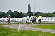 Nederland, Beuningen, 8-6-2014Serie beelden mbt recreatie langs de rivier de Waal en de waterkant.Foto: Flip Franssen/Hollandse Hoogte