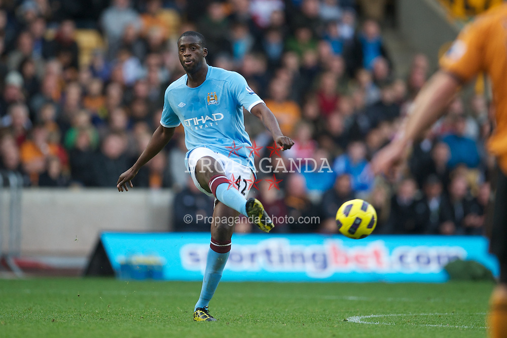 WOLVERHAMPTON, ENGLAND - Saturday, October 30, 2010: Manchester City's Yaya Toure in action against Wolverhampton Wanderers during the Premiership match at Molineux. (Pic by: David Rawcliffe/Propaganda)