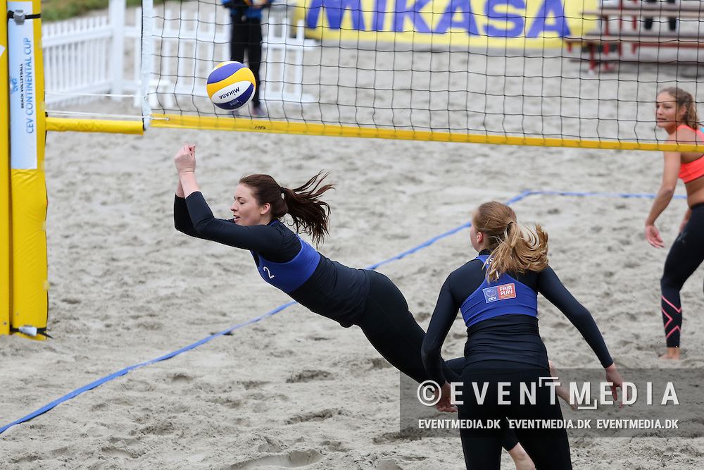 Jona Guðlaug Vigfusdottir (ISL)  dives for the ball. Beach volleyball - Continental Cup Round 2, Pool A, in Odense, Denmark on September 20-21 2014.