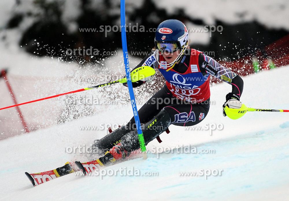 29.12.2013, Hochstein, Lienz, AUT, FIS Weltcup Ski Alpin, Lienz, Damen, Slalom 1. Durchgang, im Bild Mikaela Shiffrin (USA) // Mikaela Shiffrin (USA) during ladies Slalom 1st run of FIS Ski Alpine Worldcup at Hochstein in Lienz, Austria on 2013/12/29. EXPA Pictures © 2013, PhotoCredit: EXPA/ Erich Spiess