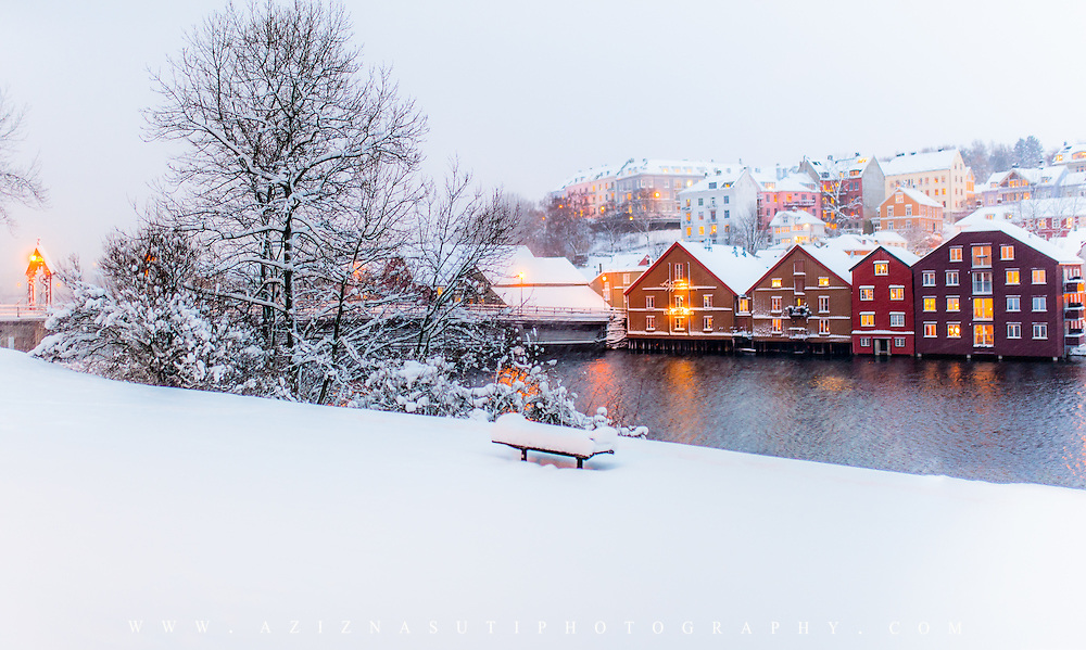 Snow could be quite special if it is combined with the warm colors!