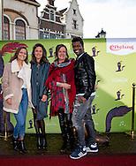 KAATSHEUVEL - premiere van musical de De gelaarsde Kat  in de Efteling Holly Brood en nola brood en haar moeder  ROBIN UTRECHT