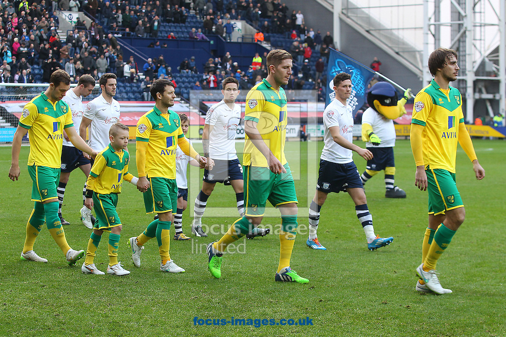 The players take to the pitch before the FA Cup match at Deepdale, Preston<br /> Picture by Paul Chesterton/Focus Images Ltd +44 7904 640267<br /> 03/01/2015
