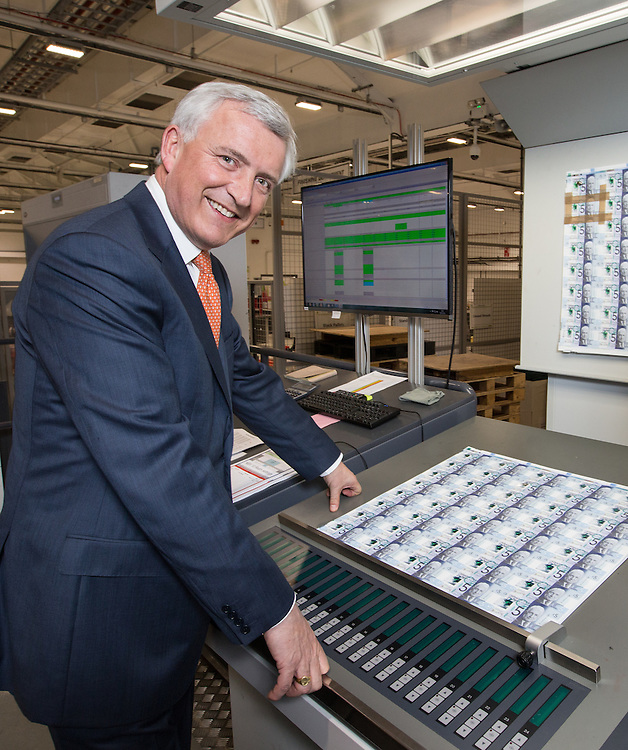David Duffy CEO Clydesdale Bank at DeLaRue, Gateshead to see the new &pound;5 polymer notes with his signature on it.  Picture Robert Perry 10th Feb 2016<br /> <br /> Please credit photo to Robert Perry<br /> <br /> Image is free to use in connection with the promotion of the above company or organisation. 'Permissions for ALL other uses need to be sought and payment make be required.<br /> <br /> <br /> Note to Editors:  This image is free to be used editorially in the promotion of the above company or organisation.  Without prejudice ALL other licences without prior consent will be deemed a breach of copyright under the 1988. Copyright Design and Patents Act  and will be subject to payment or legal action, where appropriate.<br /> www.robertperry.co.uk<br /> NB -This image is not to be distributed without the prior consent of the copyright holder.<br /> in using this image you agree to abide by terms and conditions as stated in this caption.<br /> All monies payable to Robert Perry<br /> <br /> (PLEASE DO NOT REMOVE THIS CAPTION)<br /> This image is intended for Editorial use (e.g. news). Any commercial or promotional use requires additional clearance. <br /> Copyright 2016 All rights protected.<br /> first use only<br /> contact details<br /> Robert Perry     <br /> 07702 631 477<br /> robertperryphotos@gmail.com<br />        <br /> Robert Perry reserves the right to pursue unauthorised use of this image . If you violate my intellectual property you may be liable for  damages, loss of income, and profits you derive from the use of this image.