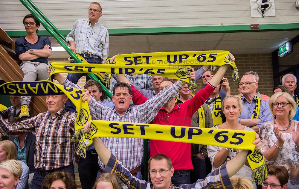 21-04-2016 NED: Springendal Set Up 65 - Vc Sneek, Ootmarsum<br /> Set Up verliest met 3-2 en staat met 2-0 achter in de finale serie best of five, Sneek kan aanstaande zondag kampioen van Nederland worden / Support publiek Set Up 65